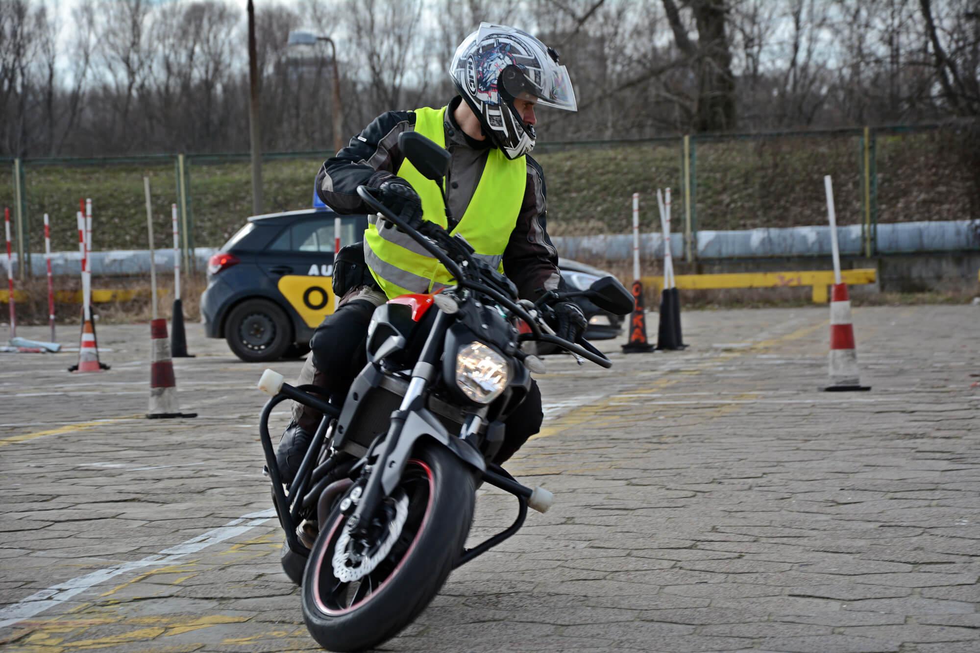 Prawo Jazdy Kat A Kursy Motocyklowe Od Czego Zaczac Przygode Z Motocyklem Prawo Jazdy Kat A A2 A1